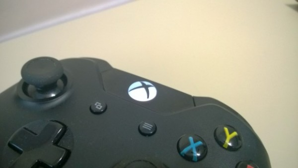 How-To-Share-Xbox-One-Games-with-Friends-1-620x349-600x338